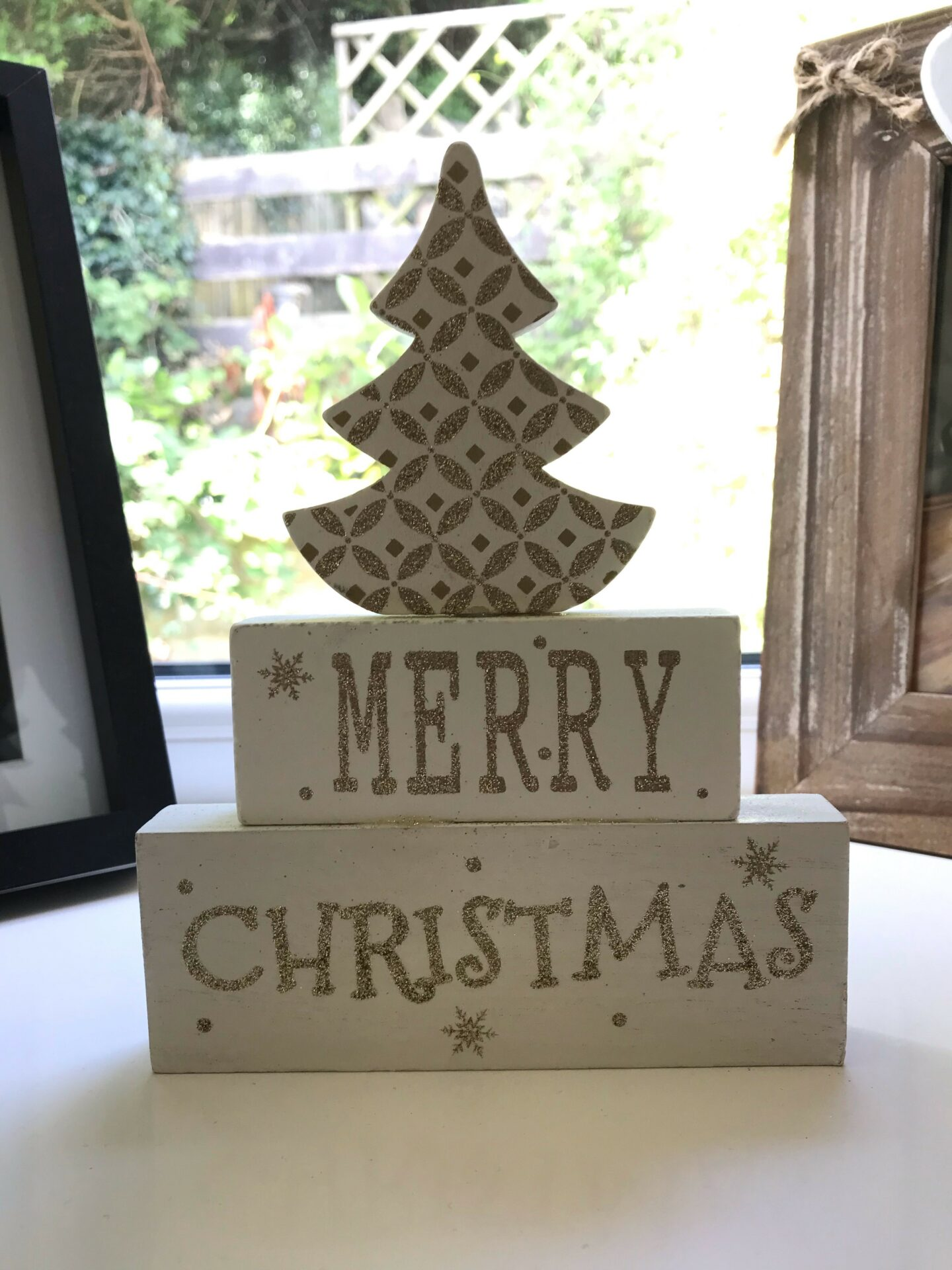Merry Christmas White Wooden Christmas Tree Decoration